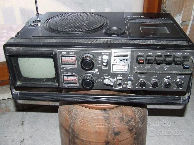 VINTAGE SHARP Radio TV e lettore di cassette