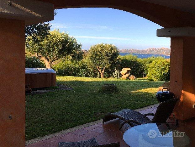 Villa Costa Smeralda vista mare Fino a 10 persone