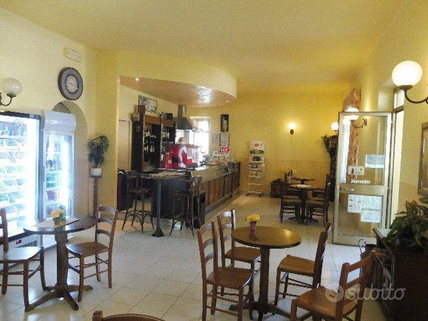 MONFALCONE SAN POLO Bar avviato con licenza
