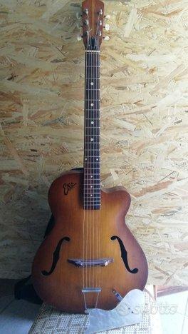 Chitarra EKO modello 100