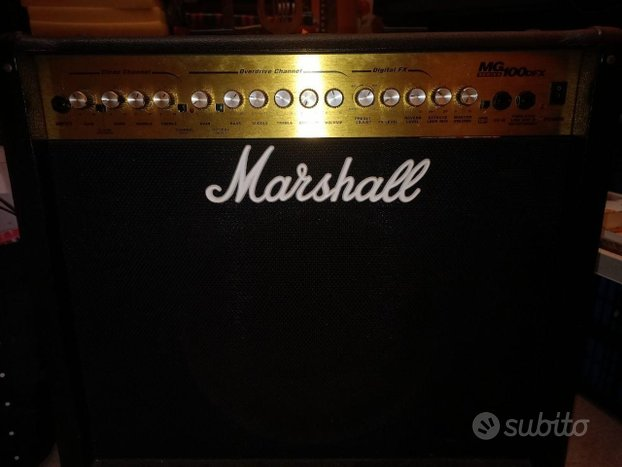 Marshall MG100DFX con footswitch