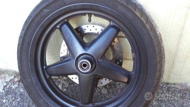 Ricambi x max 250 2009