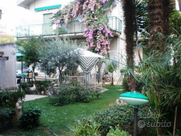 Appartamenti Autonomi  Pineto Centro  Sul Mare