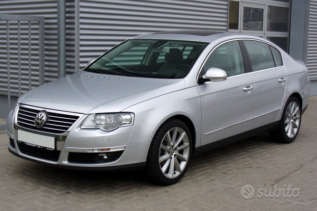 Barre portatutto originali per Passat berlina