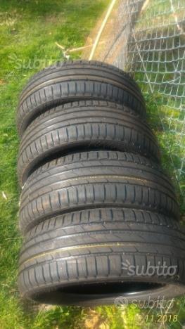 4 pneumatici nuovi Nokian 225/55 R18 (estivi)