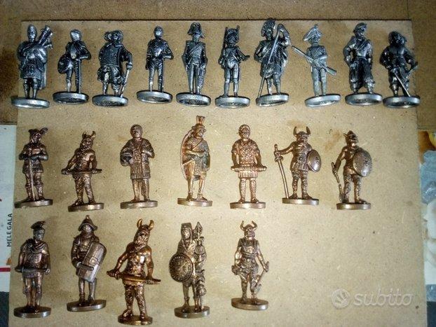 21 soldatini in metallo - kinder anni 70/80