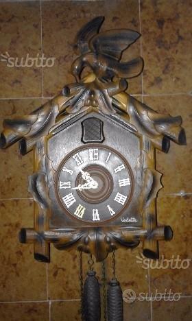Antico orologio a cucu'