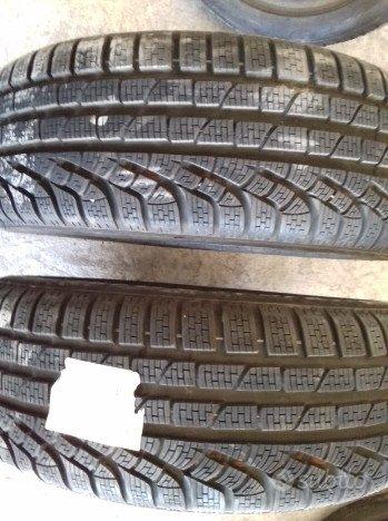 2 gommeneve Pirelli sottozero Winter 215/60/r17