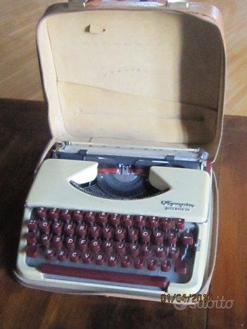 Macchina per scrivere OLYMPIA Splendid 99