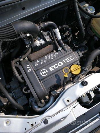 Motore opel agila Z10XER 135000KM DEL 2000