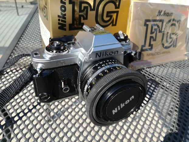 Nikon FG +accessori