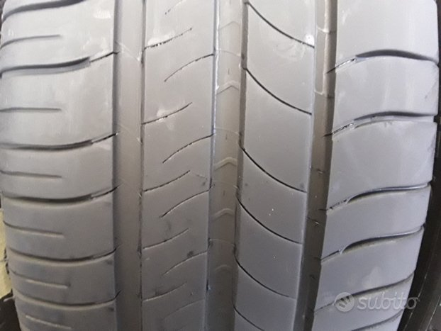 Gomme usate Michelin 215 60 16 95h estive