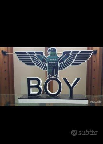 Logo boy london abbigliamento brand streetwear