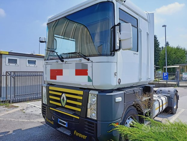 Camion trattore renault 408