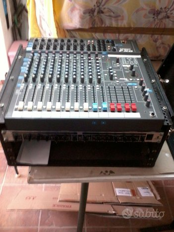 Mixer spirit by soundcraft