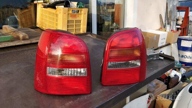 Fanali posteriori Audi A4 B5 avant