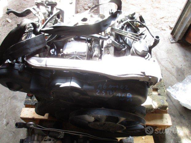 Motore Audi A6 A4 VW Passat 2.5 TDI [97-05]