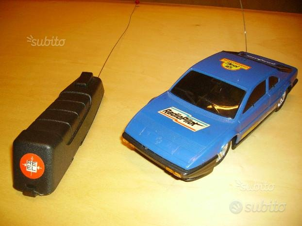 Modello Auto Radiocomandato Anni '80 REEL 45