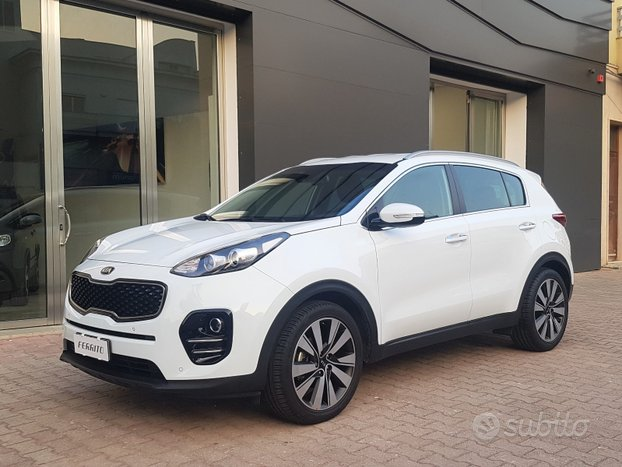 KIA Sportage 1.7 CRDI 115cv BUSINESS CLASS PRIVATA