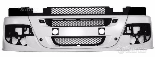 Paraurti anteriore Iveco Stralis 2013-