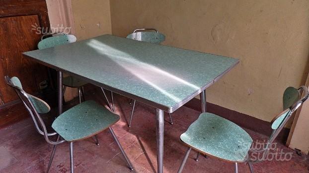 Tavolo modernariato cromato formica 1759