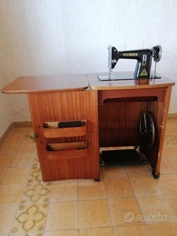 Macchina da cucire a pedale