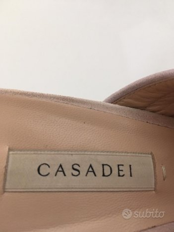 Sabout nr. 39 firmate Casadei
