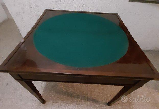 Antico tavolino da gioco