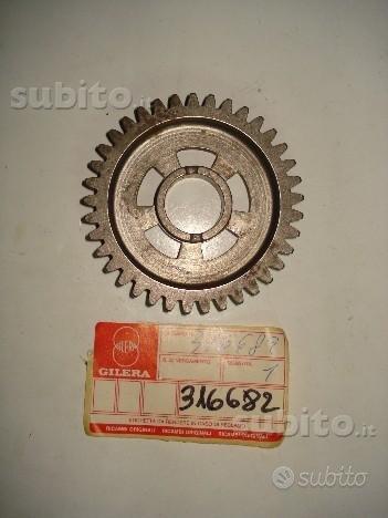 RX 125-200- RV 125-200 rif.316682 ingranaggio prim