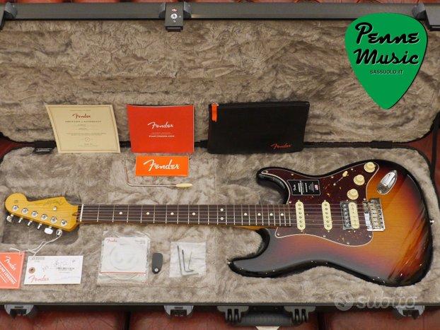Fender Stratocaster HSS Am. Professional II RW