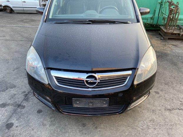 Opel zafira 2007 - 35140 - ricambi usati