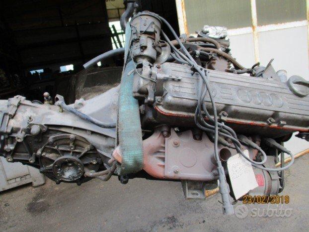 Motore e cambio Audi 100 1976/1979