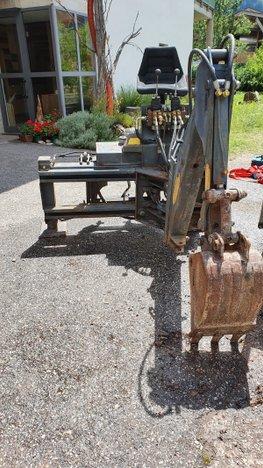Retro escavatore trattore Antonini 6 q.li