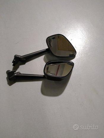 Specchietti moto FAR