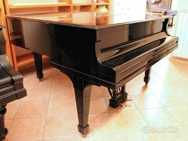 Steinway & sons pianoforte mezza coda nero lucido