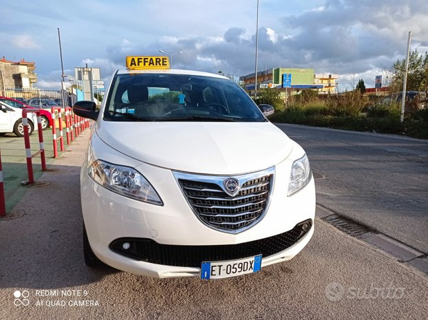 LANCIA New Ypsilon 1.2 Km 52000-2013