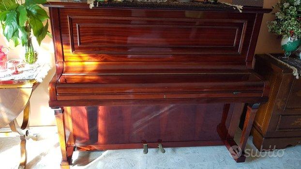 Pianoforte verticale fine '800