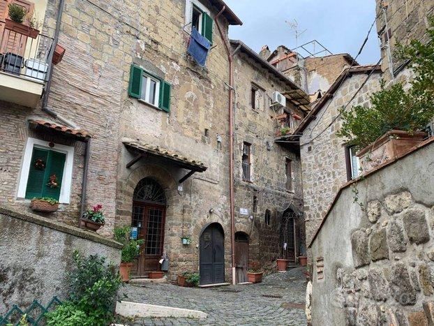 Appartamento Trilocale in v. Umberto I, Castelnuov