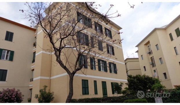 Cagliari via pessina zona tribunale