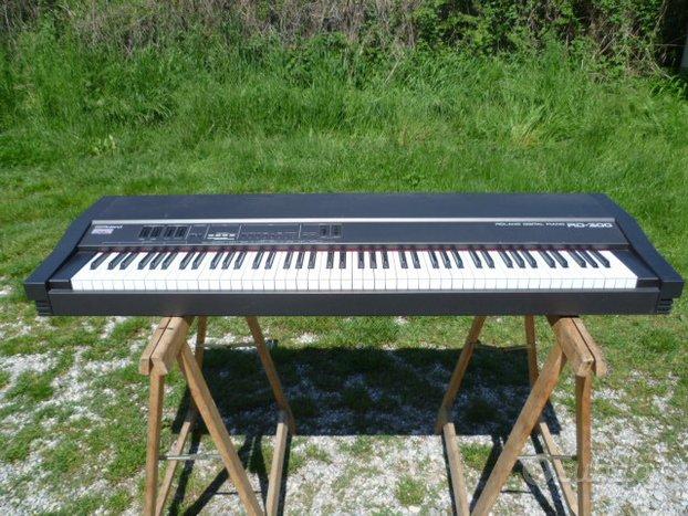 Roland Digital Piano RD 300