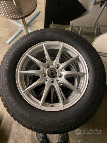 Cerchi e pneumatici invernali nuovi 235/65 17