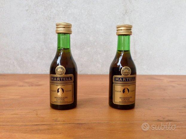 Mignon: Cognac Martell, J&B