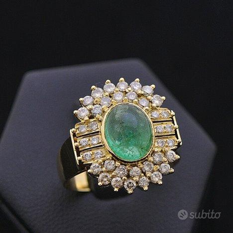 Anello prestige oro 18kt smeraldo 2.80 ct diamanti