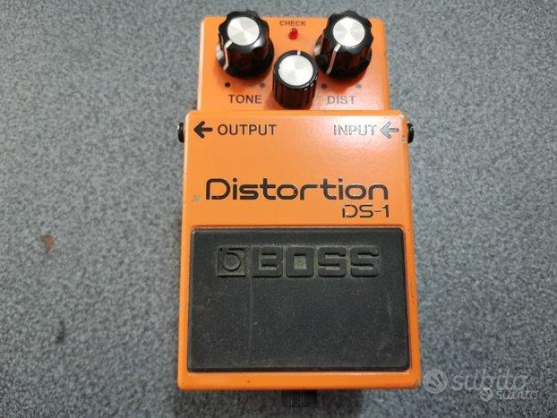 Effetto distorsione a pedale per chitarra