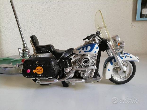 Modellino moto con effetti sonori