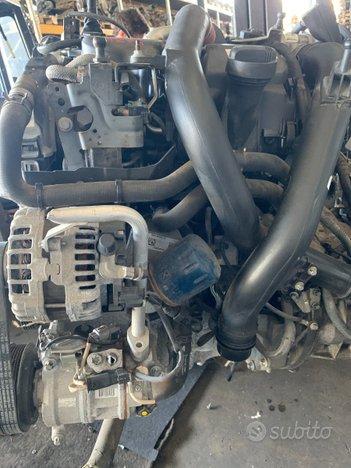 Motore k9kf4 1.5 d - 66 kw - 56.000 km