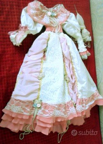 3 elegantissimi vestiti per bambole