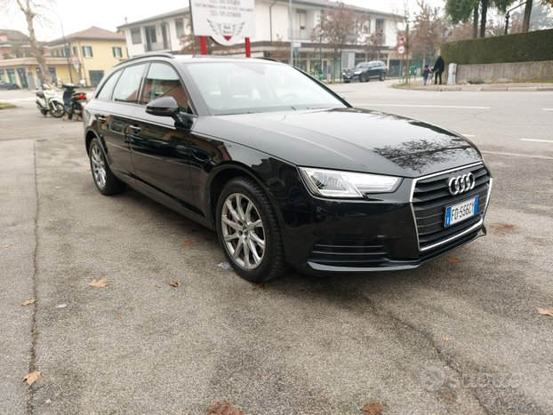 AUDI A4 190 CV S tronic Business