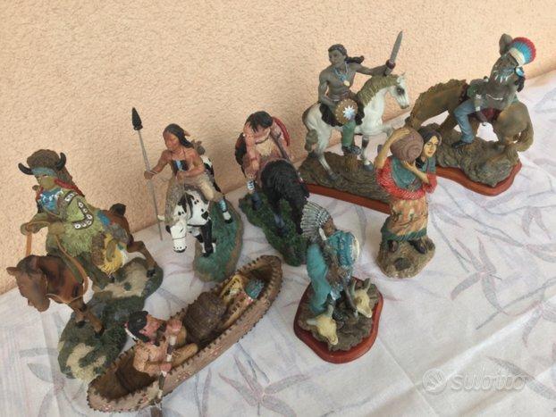 Otto modellini in resina figure indiani