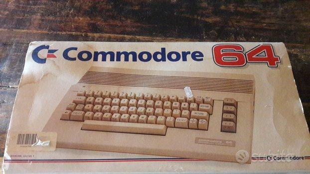 Commodore 64 computer vintage anni 80 Amiga atari